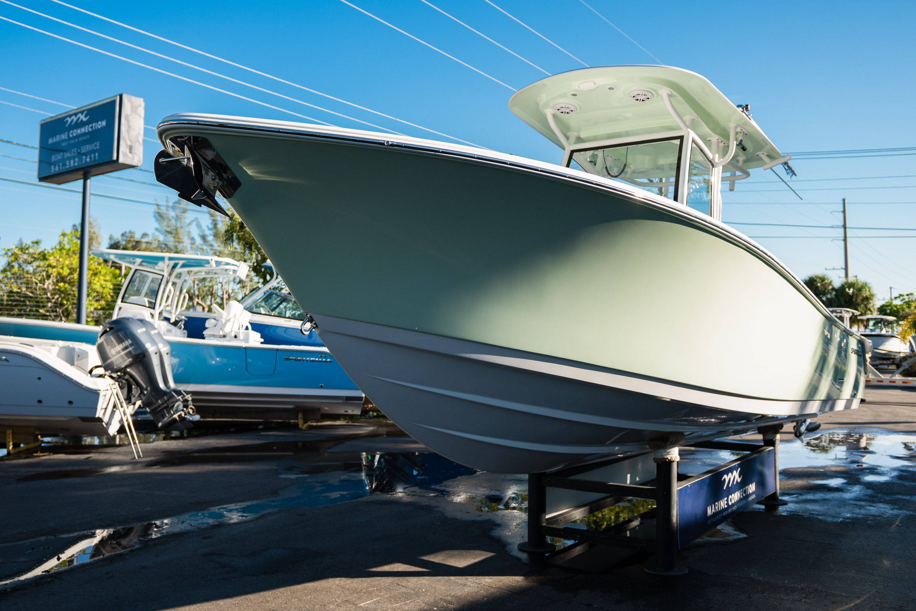 Thumbnail 3 for New 2020 Sportsman Open 282TE Center Console boat for sale in Vero Beach, FL
