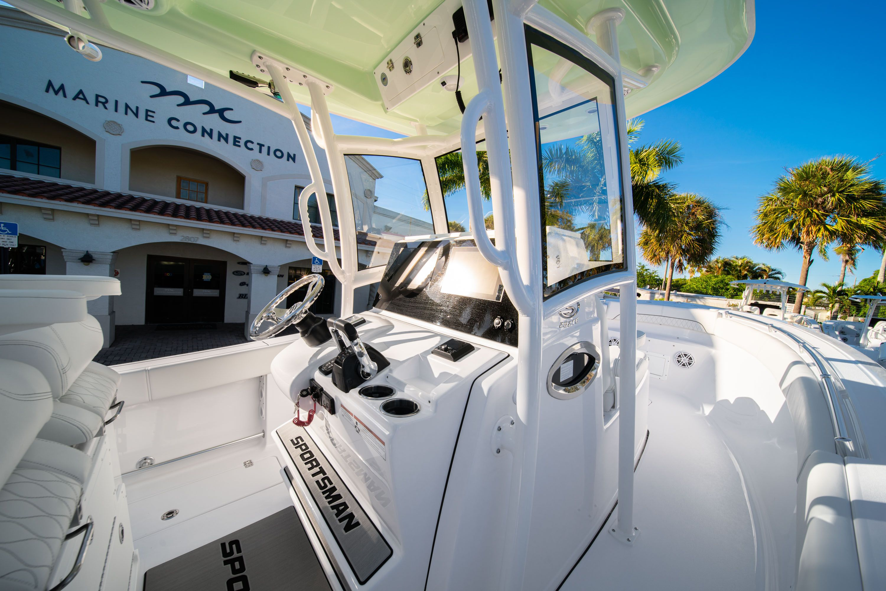 Thumbnail 33 for New 2020 Sportsman Open 282TE Center Console boat for sale in Vero Beach, FL