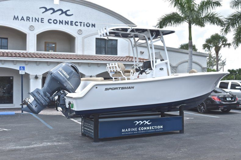 Thumbnail 7 for New 2019 Sportsman Heritage 211 Center Console boat for sale in West Palm Beach, FL