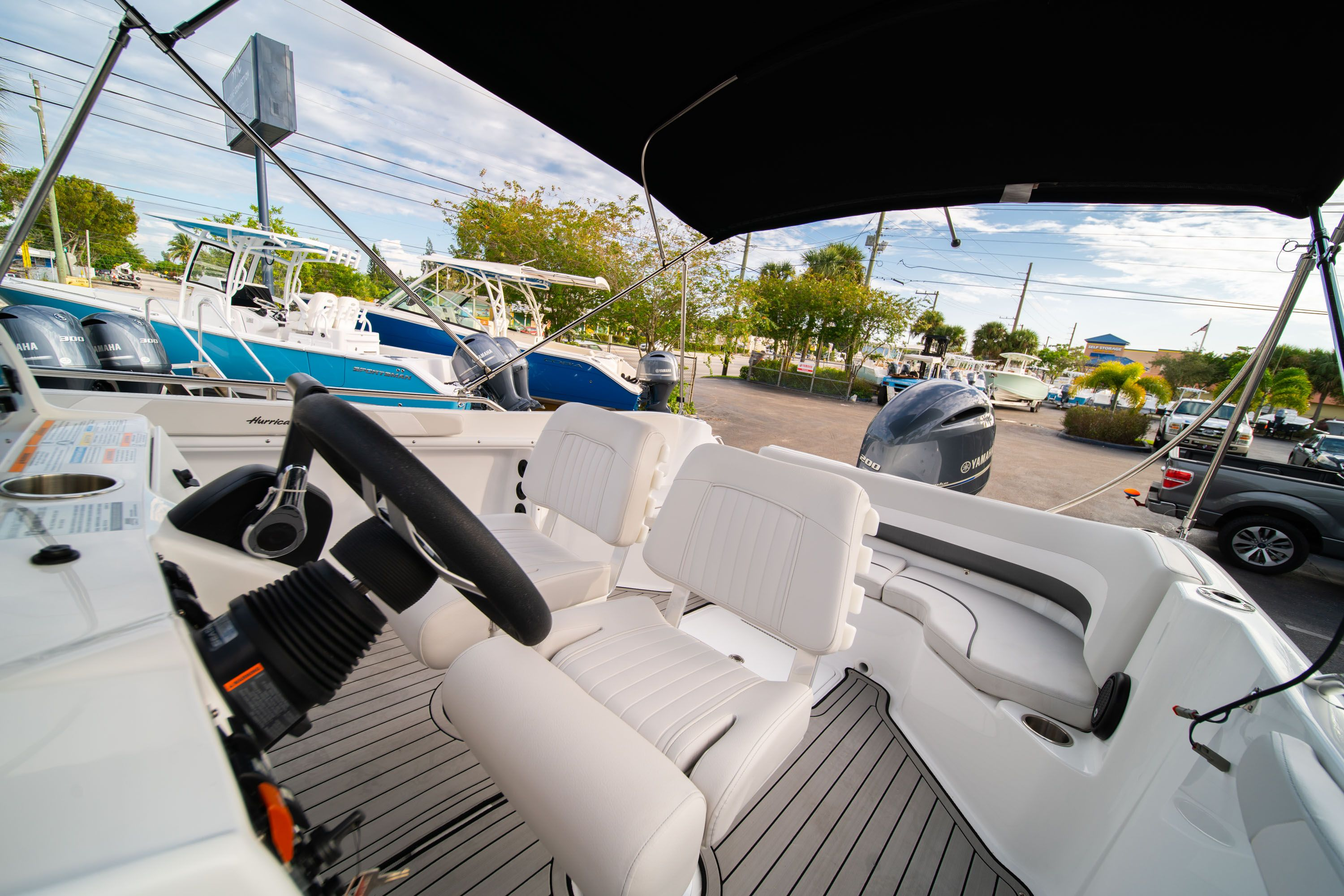 Thumbnail 22 for New 2019 Hurricane Sundeck Sport SS 231 OB boat for sale in West Palm Beach, FL