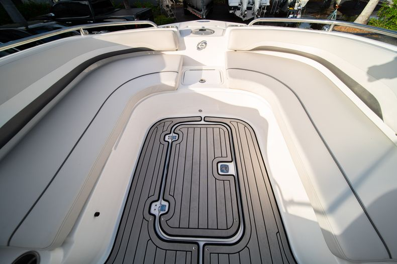 Thumbnail 31 for New 2019 Hurricane Sundeck Sport SS 231 OB boat for sale in West Palm Beach, FL