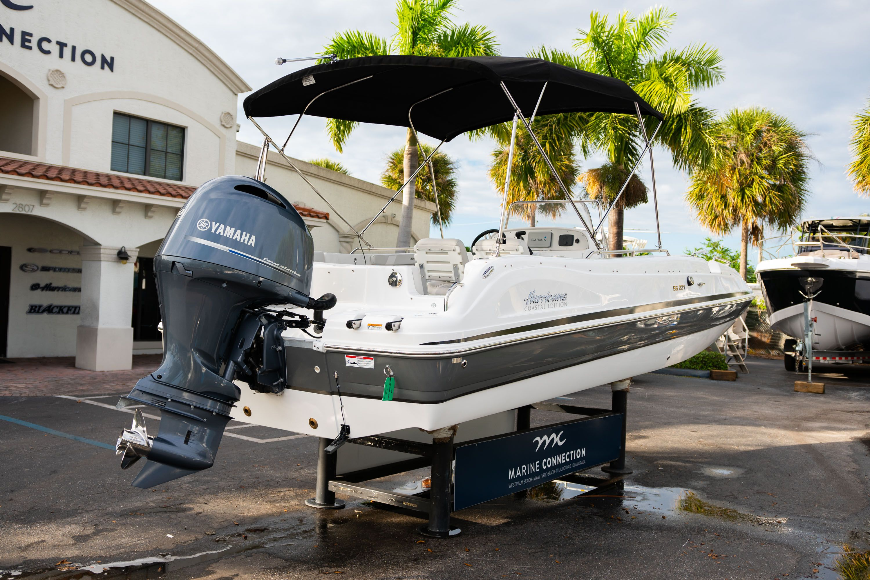 Thumbnail 7 for New 2019 Hurricane Sundeck Sport SS 231 OB boat for sale in West Palm Beach, FL