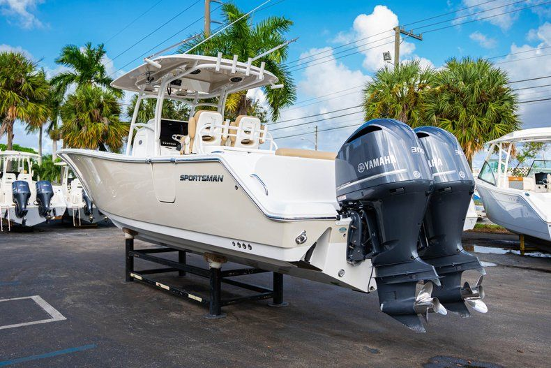 Thumbnail 5 for Used 2016 Sportsman 312 boat for sale in West Palm Beach, FL