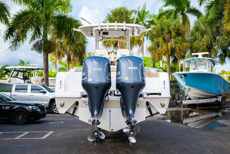 Thumbnail 6 for Used 2016 Sportsman Open 312 Center Console boat for sale in West Palm Beach, FL
