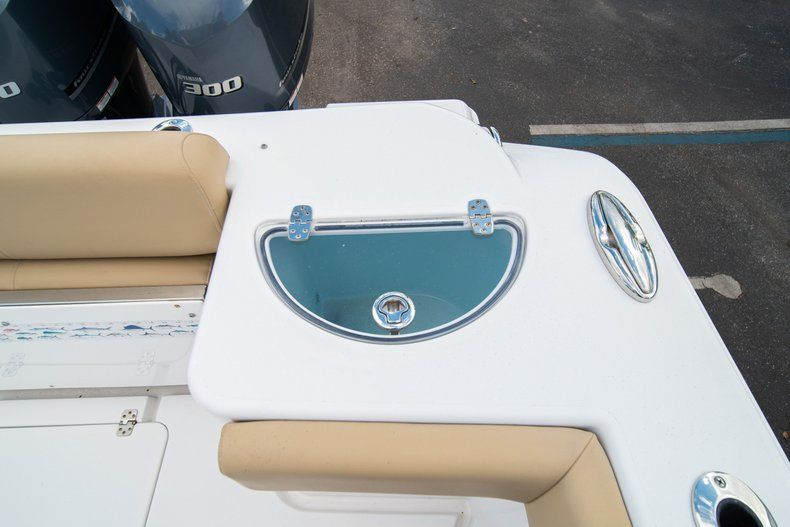 Thumbnail 14 for Used 2016 Sportsman 312 boat for sale in West Palm Beach, FL