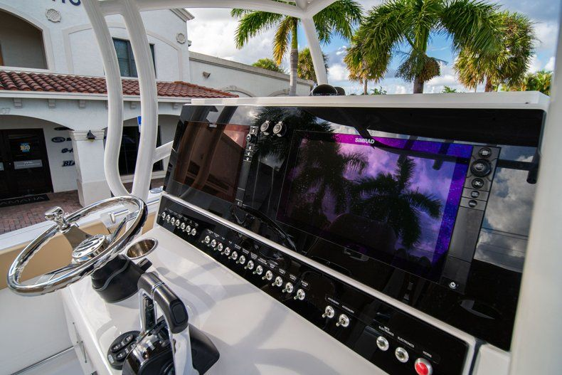 Thumbnail 30 for Used 2016 Sportsman Open 312 Center Console boat for sale in West Palm Beach, FL