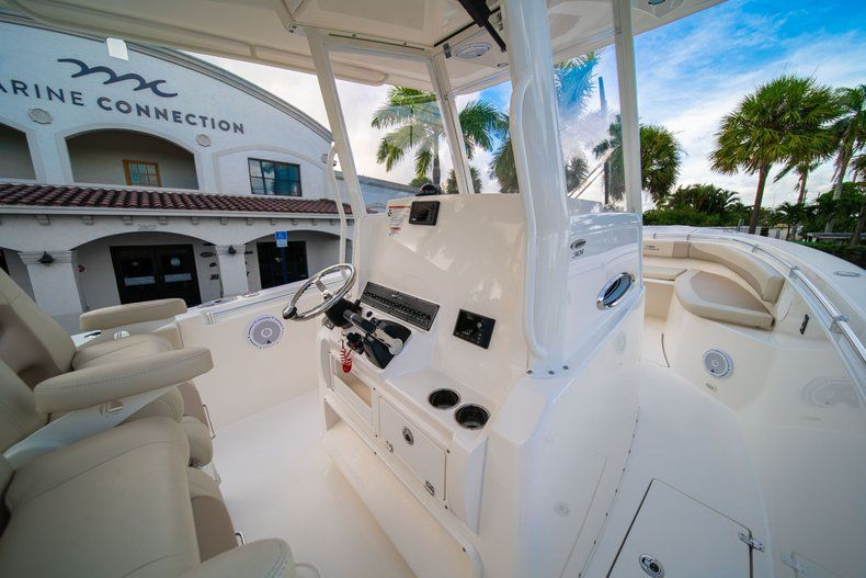 Thumbnail 22 for New 2019 Cobia 301 CC Center Console boat for sale in West Palm Beach, FL