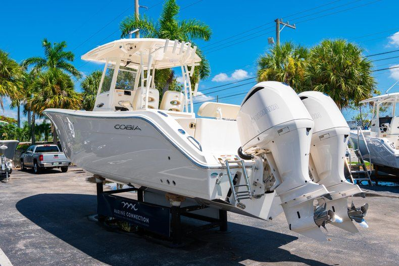 Thumbnail 5 for New 2019 Cobia 301 CC Center Console boat for sale in West Palm Beach, FL
