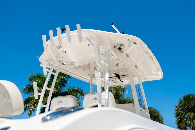 Thumbnail 8 for New 2019 Cobia 301 CC Center Console boat for sale in West Palm Beach, FL
