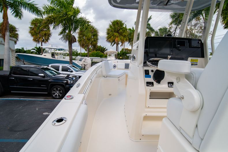 Thumbnail 20 for New 2020 Cobia 240 CC Center Console boat for sale in West Palm Beach, FL