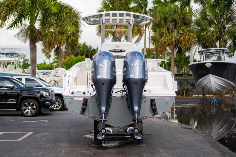 Thumbnail 6 for New 2020 Cobia 240 CC Center Console boat for sale in West Palm Beach, FL