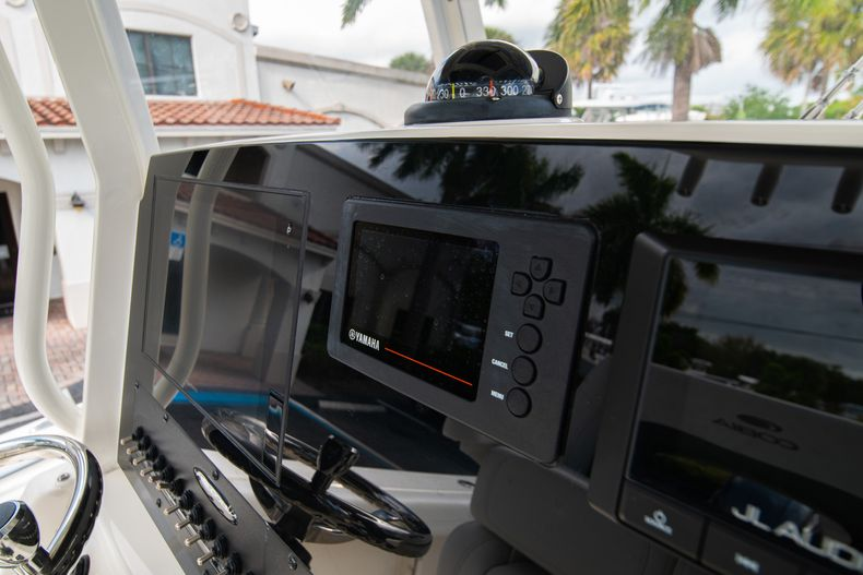 Thumbnail 28 for New 2020 Cobia 240 CC Center Console boat for sale in West Palm Beach, FL