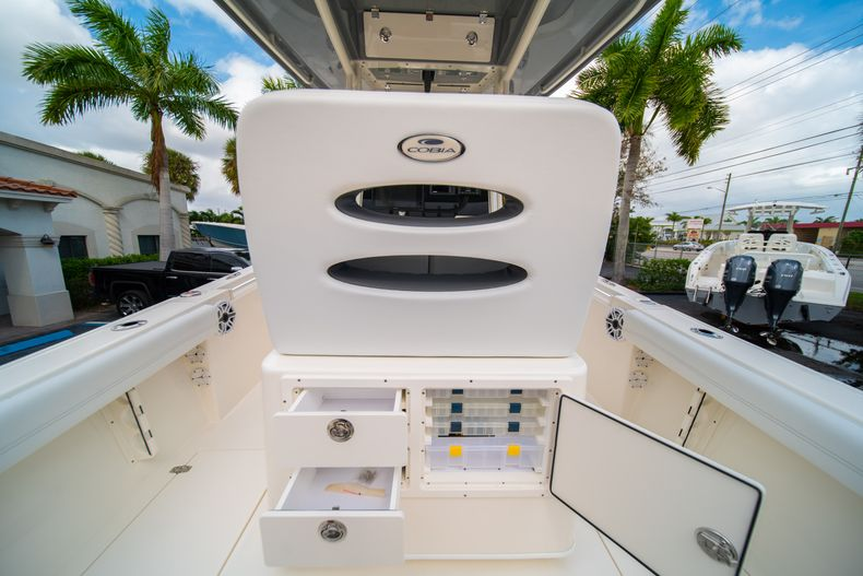 Thumbnail 19 for New 2020 Cobia 240 CC Center Console boat for sale in West Palm Beach, FL