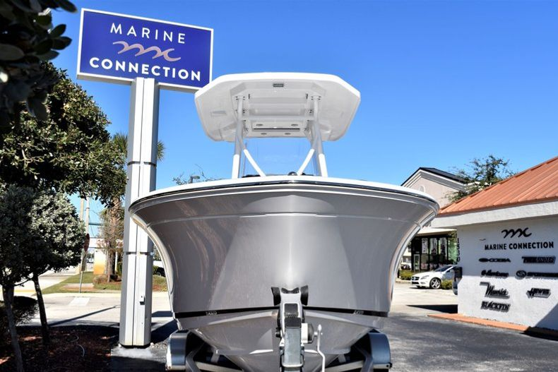 Image 2 for 2020 Blackfin 212CC Center Console in Stuart, FL