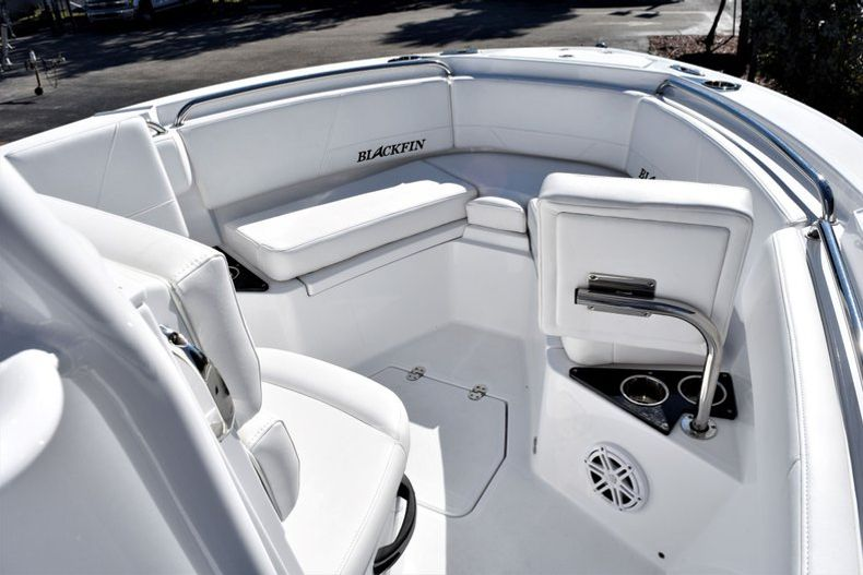 Image 15 for 2020 Blackfin 212CC Center Console in Stuart, FL