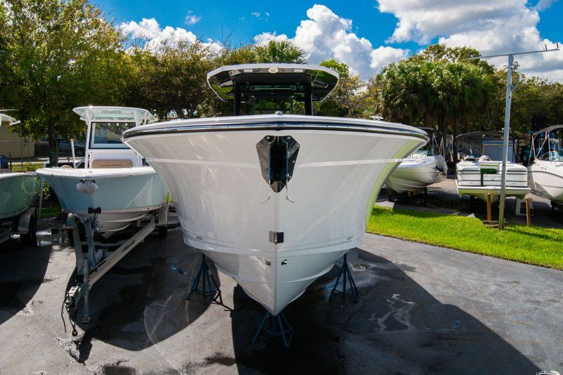 Thumbnail 1 for New 2020 Blackfin 332CC Center Console boat for sale in West Palm Beach, FL