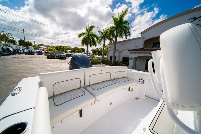 Thumbnail 9 for New 2020 Sportsman Heritage 231 Center Console boat for sale in Fort Lauderdale, FL