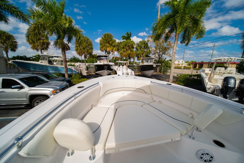 Thumbnail 34 for New 2020 Sportsman Heritage 231 Center Console boat for sale in Fort Lauderdale, FL