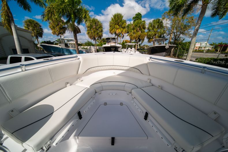 Thumbnail 36 for New 2020 Sportsman Heritage 231 Center Console boat for sale in Fort Lauderdale, FL