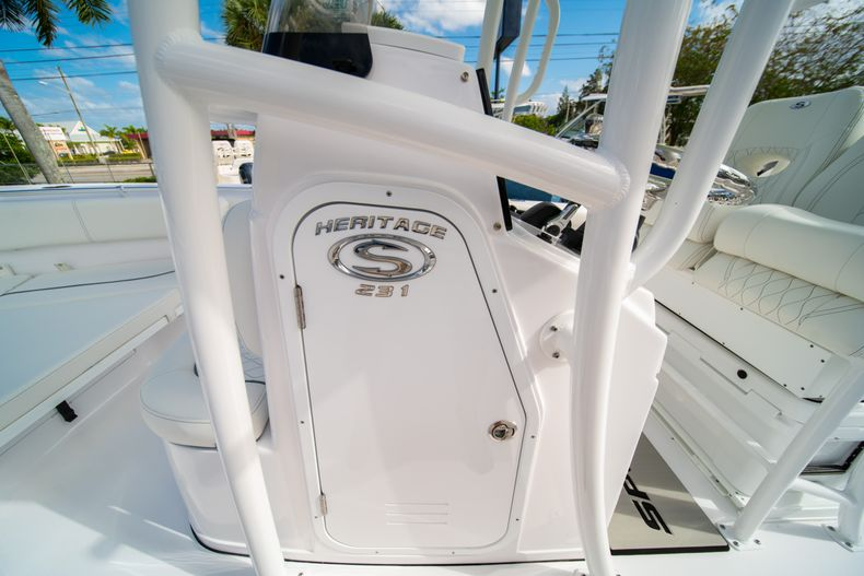 Thumbnail 28 for New 2020 Sportsman Heritage 231 Center Console boat for sale in Fort Lauderdale, FL