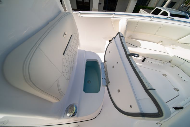 Thumbnail 40 for New 2020 Sportsman Heritage 231 Center Console boat for sale in Fort Lauderdale, FL