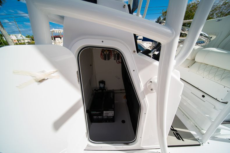 Thumbnail 29 for New 2020 Sportsman Heritage 231 Center Console boat for sale in Fort Lauderdale, FL