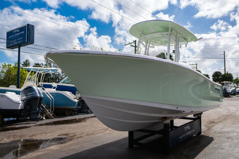 Thumbnail 3 for New 2020 Sportsman Heritage 231 Center Console boat for sale in Fort Lauderdale, FL