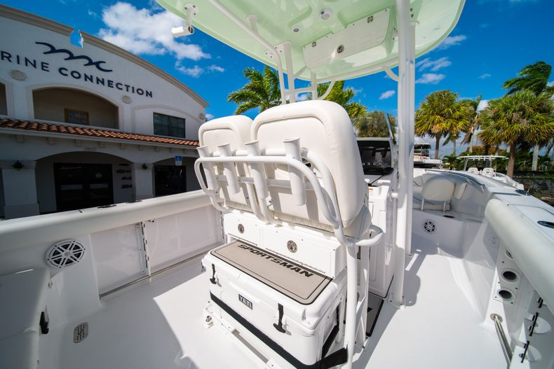Thumbnail 15 for New 2020 Sportsman Heritage 231 Center Console boat for sale in Fort Lauderdale, FL