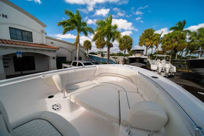 Thumbnail 31 for New 2020 Sportsman Heritage 231 Center Console boat for sale in Fort Lauderdale, FL