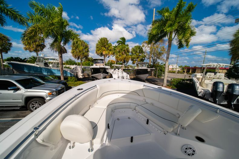 Thumbnail 33 for New 2020 Sportsman Heritage 231 Center Console boat for sale in Fort Lauderdale, FL
