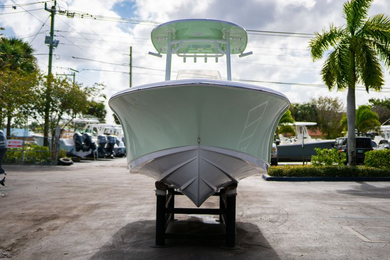 Thumbnail 2 for New 2020 Sportsman Heritage 231 Center Console boat for sale in Fort Lauderdale, FL