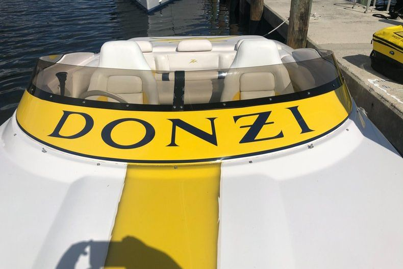 Thumbnail 9 for Used 2002 Donzi 22 ZX boat for sale in Fort Lauderdale, FL