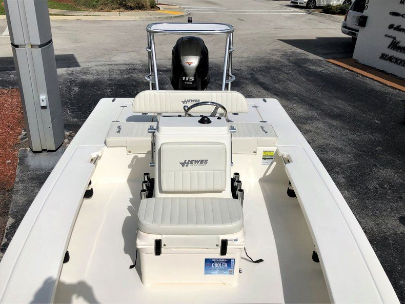 Thumbnail 13 for New 2020 Hewes Redfisher 18 Skiff boat for sale in Vero Beach, FL