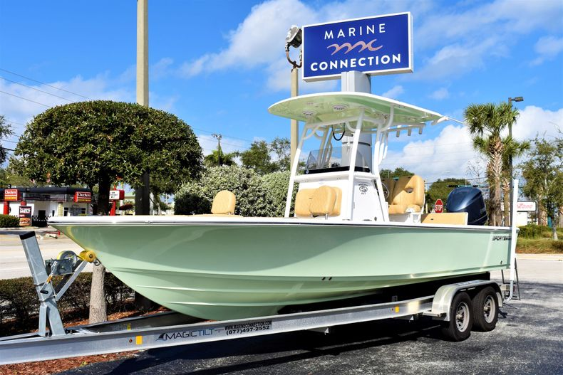 Thumbnail 1 for New 2020 Sportsman Masters 247 Bay Boat boat for sale in West Palm Beach, FL