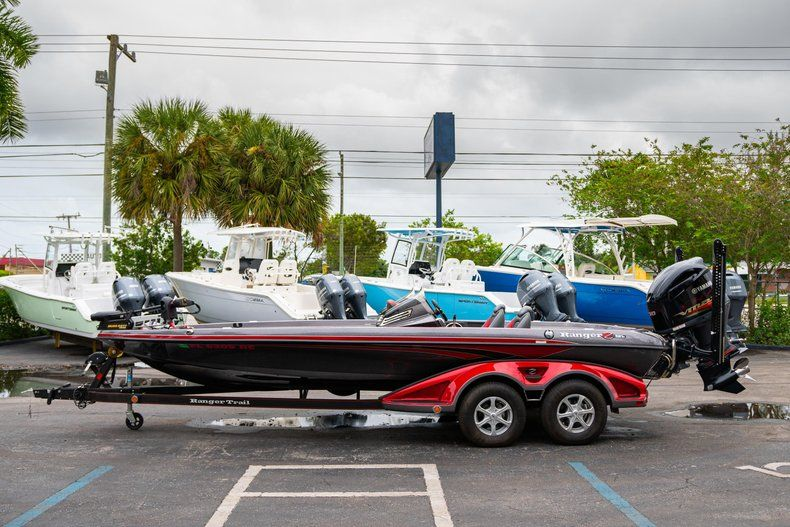 Thumbnail 4 for Used 2016 Ranger Z521C boat for sale in West Palm Beach, FL