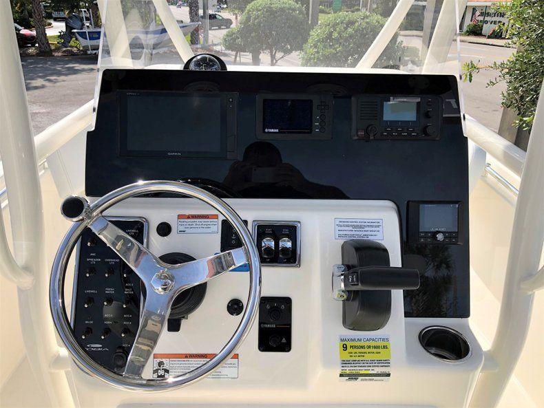 Thumbnail 9 for New 2020 Cobia 220 CC Center Console boat for sale in Vero Beach, FL