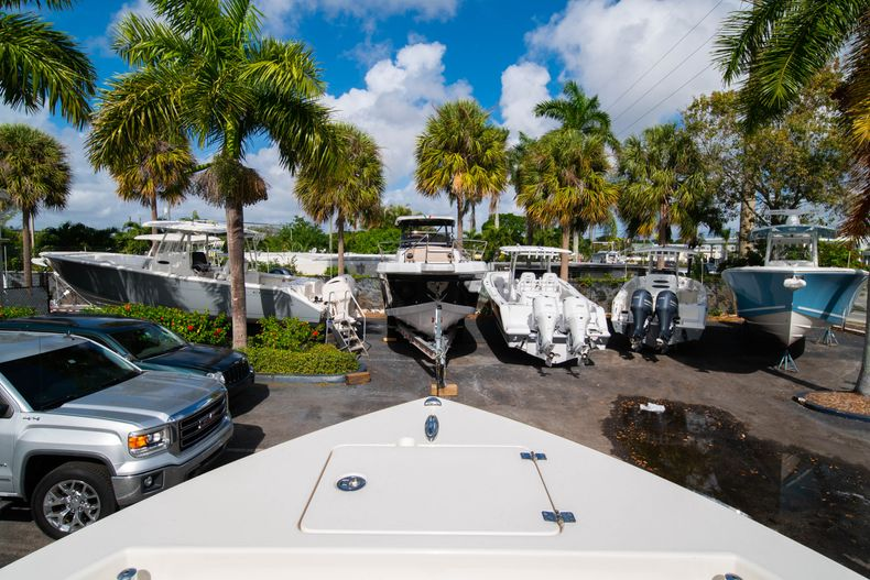 Thumbnail 34 for New 2020 Cobia 220 CC Center Console boat for sale in Miami, FL