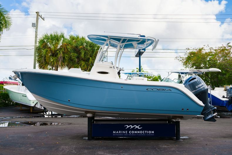 Thumbnail 4 for New 2020 Cobia 220 CC Center Console boat for sale in Miami, FL