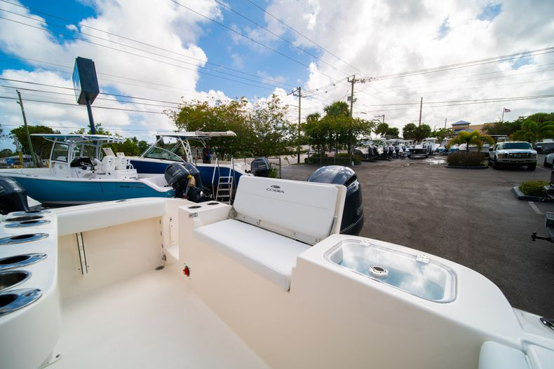 Thumbnail 12 for New 2020 Cobia 220 CC Center Console boat for sale in Miami, FL