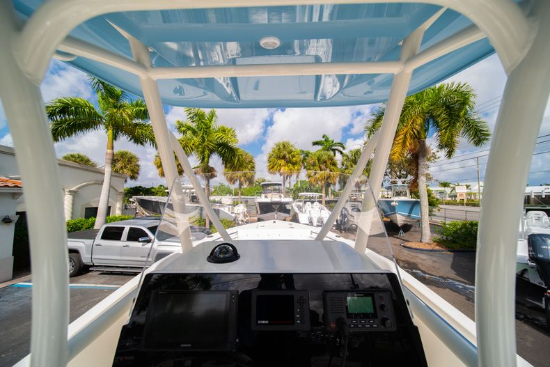 Thumbnail 24 for New 2020 Cobia 220 CC Center Console boat for sale in Miami, FL