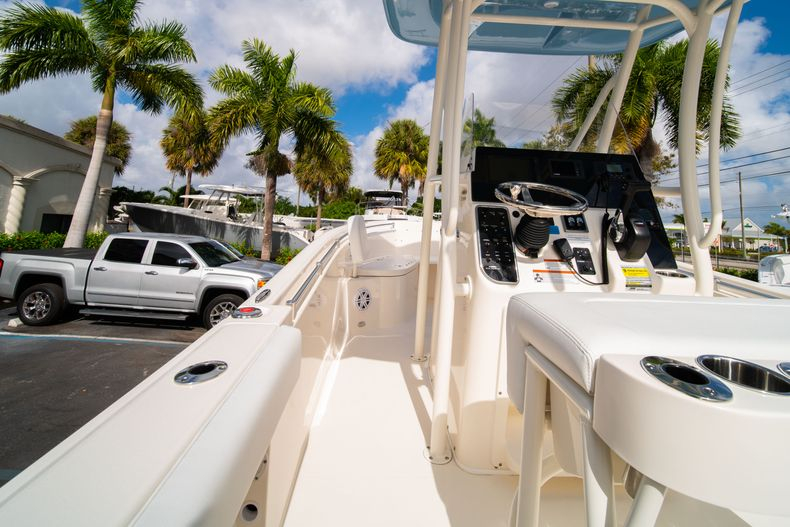 Thumbnail 17 for New 2020 Cobia 220 CC Center Console boat for sale in Miami, FL
