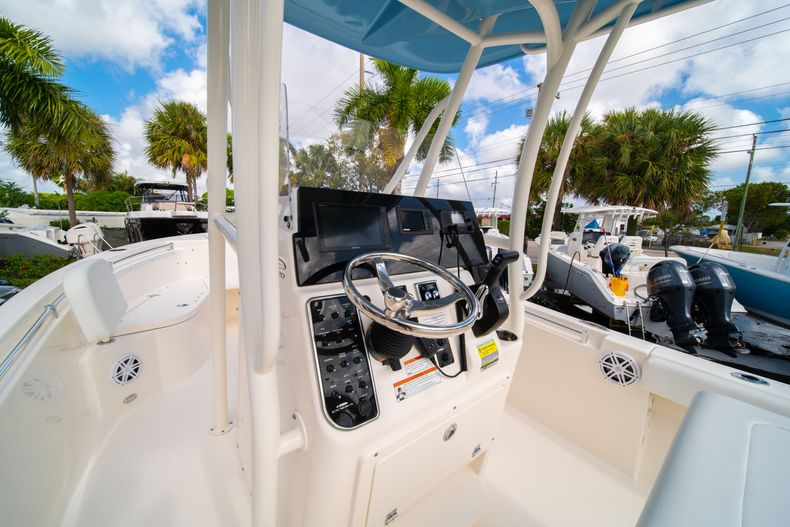 Thumbnail 25 for New 2020 Cobia 220 CC Center Console boat for sale in Miami, FL
