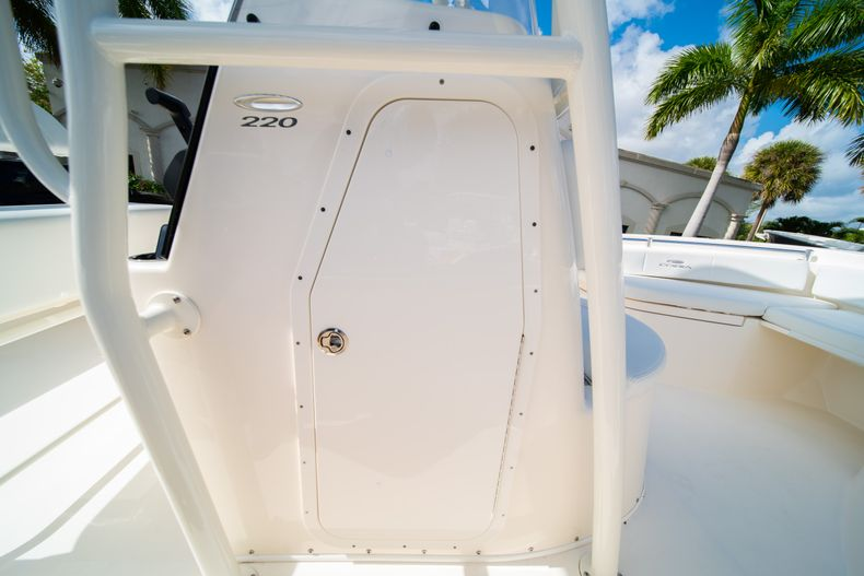 Thumbnail 28 for New 2020 Cobia 220 CC Center Console boat for sale in Miami, FL