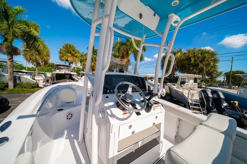 Thumbnail 23 for New 2020 Sportsman Open 212 Center Console boat for sale in West Palm Beach, FL