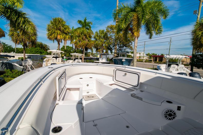 Thumbnail 54 for New 2020 Sportsman Open 312 Center Console boat for sale in Miami, FL