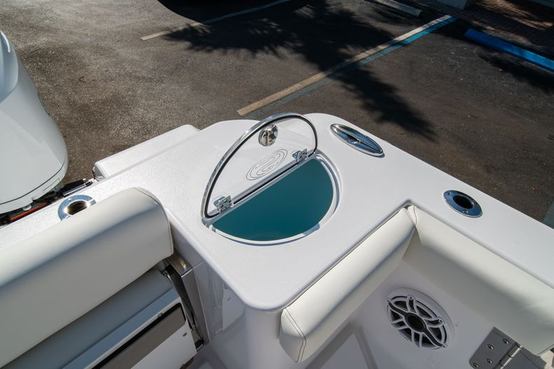 Thumbnail 16 for New 2020 Sportsman Open 312 Center Console boat for sale in Miami, FL