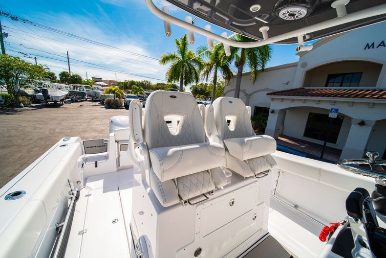 Thumbnail 42 for New 2020 Sportsman Open 312 Center Console boat for sale in Miami, FL