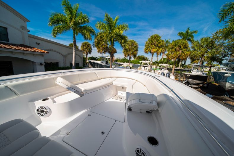 Thumbnail 51 for New 2020 Sportsman Open 312 Center Console boat for sale in Miami, FL