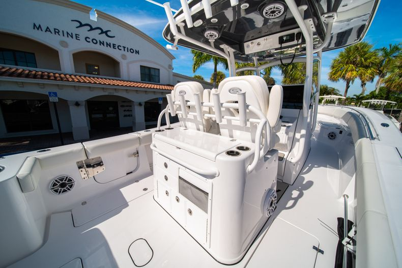 Thumbnail 28 for New 2020 Sportsman Open 312 Center Console boat for sale in Miami, FL