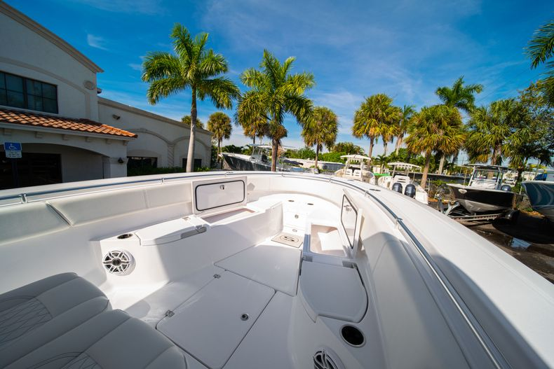 Thumbnail 52 for New 2020 Sportsman Open 312 Center Console boat for sale in Miami, FL